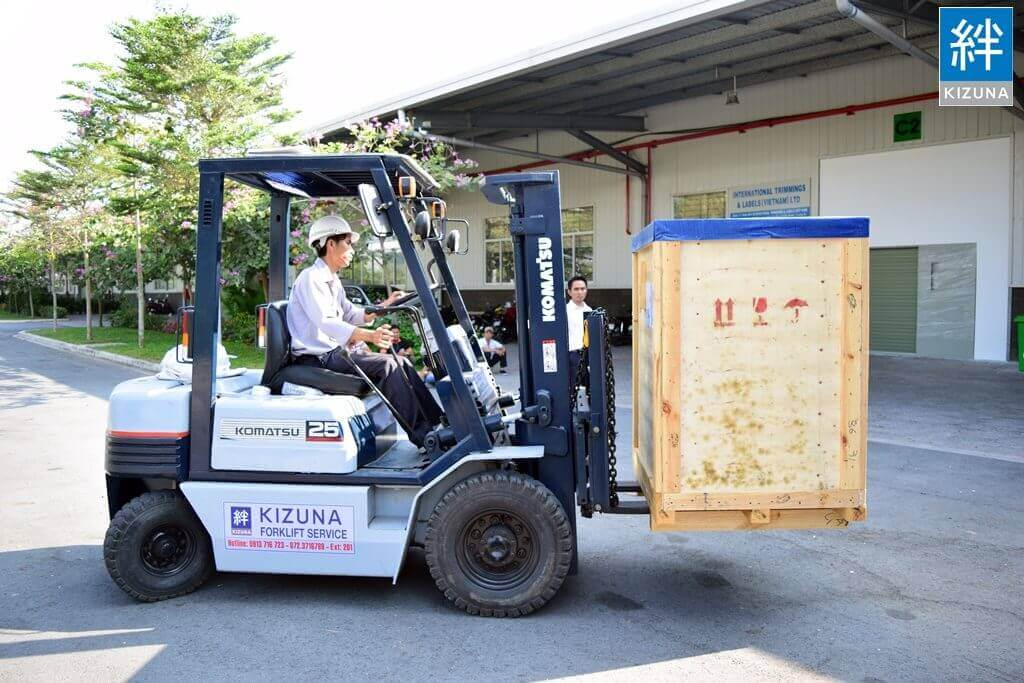 2.5Tons Forklift Rental Service at Kizuna Serviced Factory