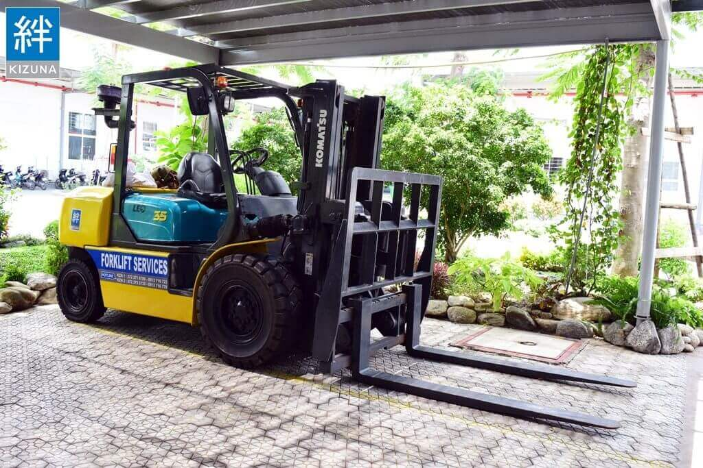 3.5Tons Forklift Rental Service at Kizuna Serviced Factory